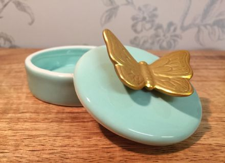 Small Ceramic Trinket Jewellery Dish & Butterfly Lid ~ Mint Green